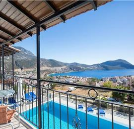 6 Bedroom Villa with Pool in Kalkan Town, Sleeps 11