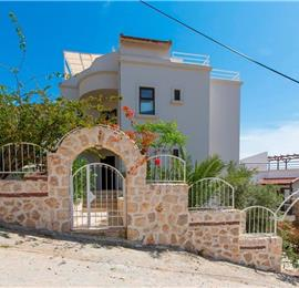 4 Bedroom Villa with Pool in Kalkan Town, Sleeps 8