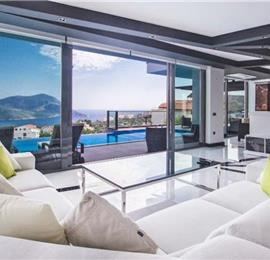 5 Bedroom Villa with Pool in Kalkan Town, Sleeps 10