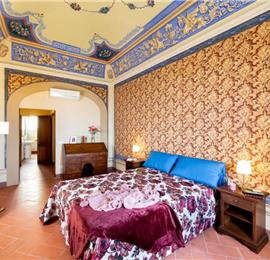 3 Bedroom Apartment in Cortona Town, Sleeps 6