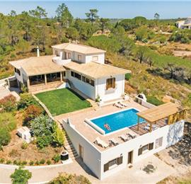 6 Bedroom Countryside Villa with Pool, near Algoz Sleeps 12