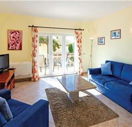 7 Bedroom Villa with Pool near Albufeira, Sleeps 14