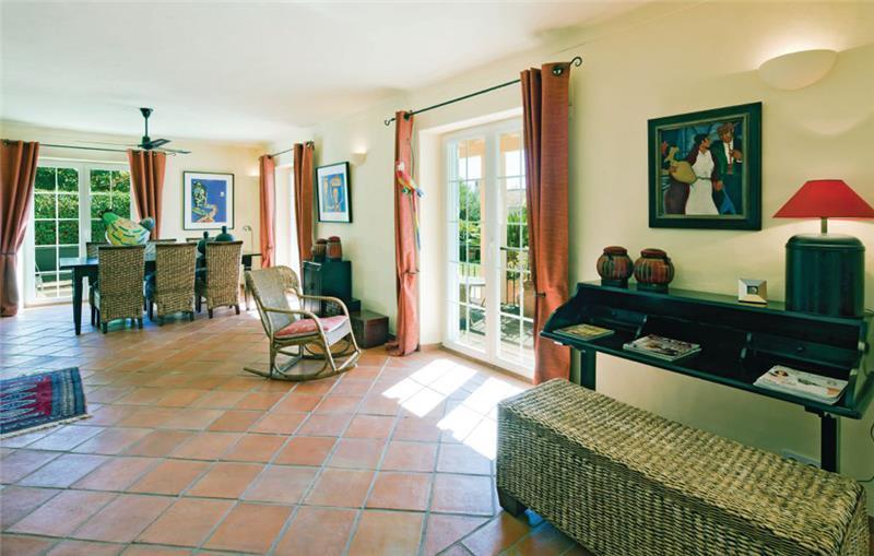 4 Bedroom Villa With Pool, near Almancil, Sleeps 8