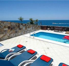 3 Bedroom Villa with Pool in Puerto Calero, Sleeps 6
