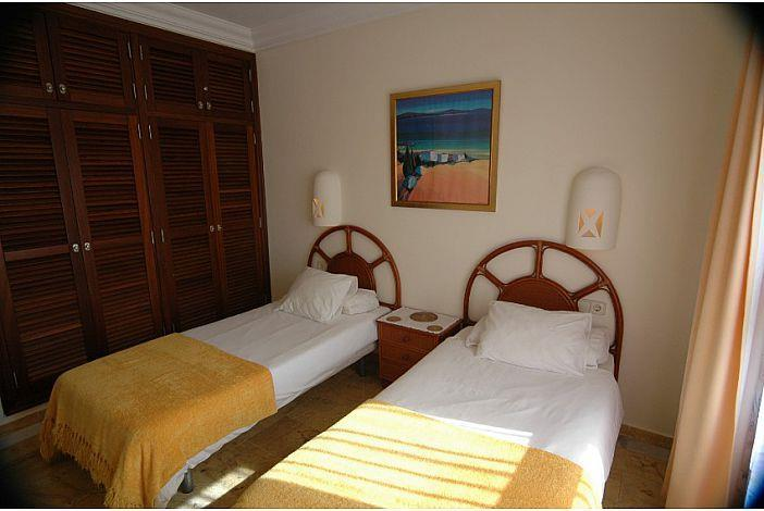 3 Bedroom Villa with Pool in Playa Blanca, Sleeps 6