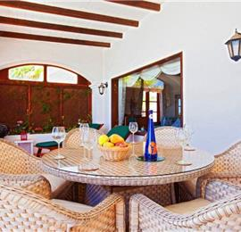 4 Bedroom Villa with Pool in La Asomada, Sleeps 8
