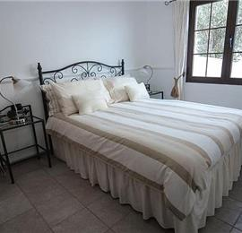 3 Bedroom Villa with Pool in Macher, Sleeps 6