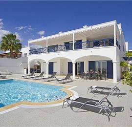 5 Bedroom Villa with Pool in Puerto Calero, Sleeps 10