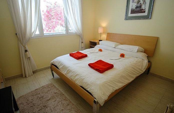 3 Bedroom Villa with Self-Contained Studio Apartment in Puerto Calero, Sleeps 8