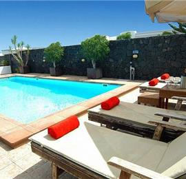 3 Bedroom Villa with Self-Contained Studio Apartment in Puerto Calero, Sleeps 8