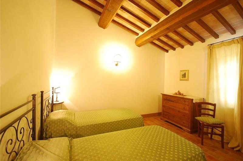 3 Bedroom Villa with Pool near Cetona, Sleeps 6