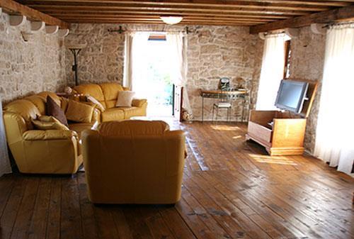 5 bedroom Villa with Pool in Skrip on Brac, Sleeps 9 -11