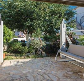 4 Bedroom Villa with Pool and Balcony on Ciovo Island near Trogir, Sleeps 8-9