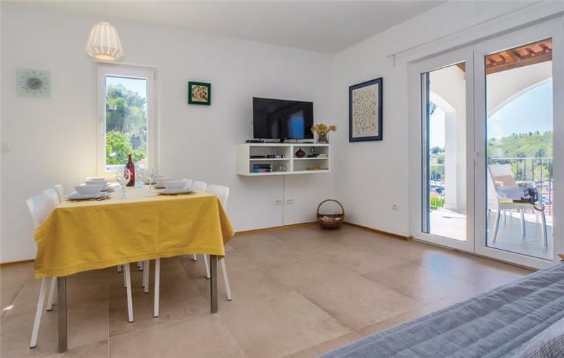 4 Bedroom Villa with Pool and Balcony with Sea Views in Milna on Brac Island, Sleeps 8