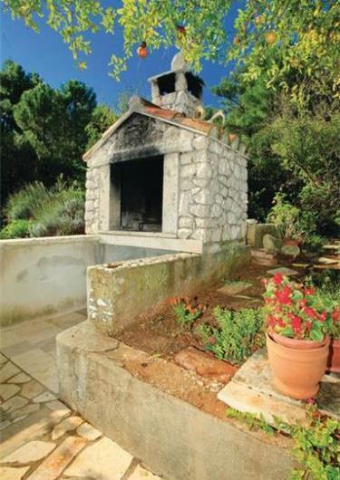 8 Bedroom Villa with Pool and Balcony with Sea Views on Korcula Island, Sleeps 18