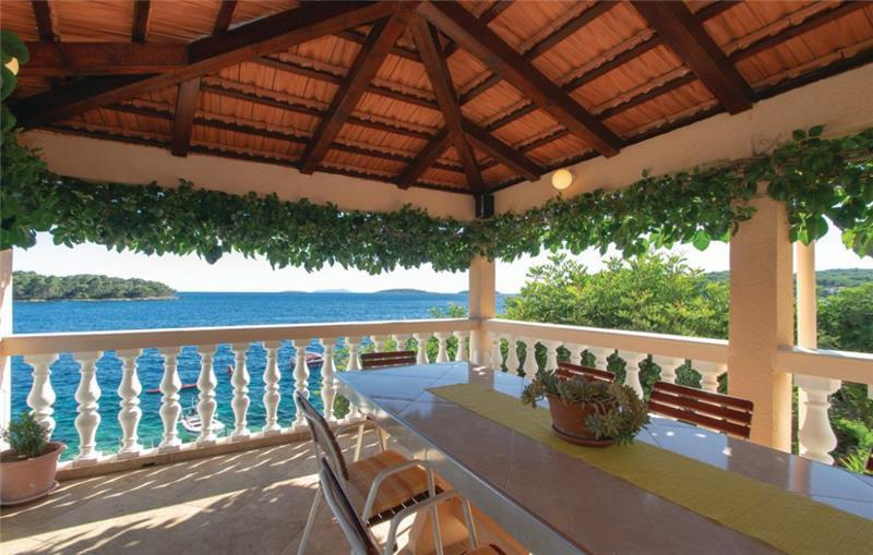 3 Bedroom Seafront Apartment with Terrace and Sea View on Korcula Island, Sleeps 6