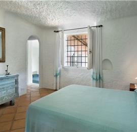 5 Bedroom Villa with Pool & Views of the Maddalena gulf in Porto Rafael, Sleeps 10