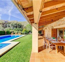 3 Bedroom villa with pool near Pollensa, sleeps 4-7