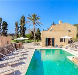 4 Bedroom Villa with Pool near Cala San Vicente, Sleeps 8-9