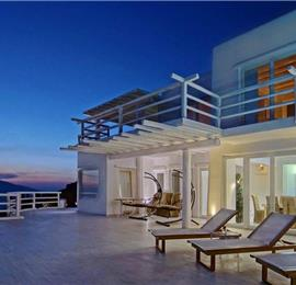 8 Bedroom Villa with Infinity Pool in Fanari on Mykonos, Sleeps 16