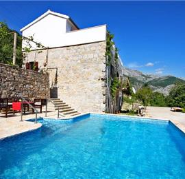 4 Bedroom Villa with Pool near Split, sleeps 8-10
