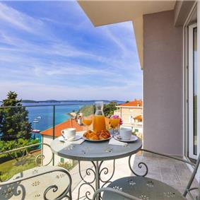 1 Bedroom Apartment in Hvar Town, sleeps 2-4