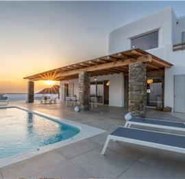 6 Bedroom Villa with Pool in Tourlos on Mykonos, Sleeps 12-15