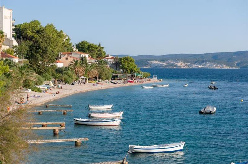 5 Bedroom Seaside Villa in Stanici near Omis, sleeps 10-12