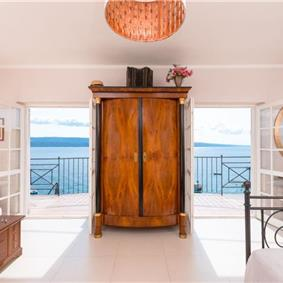5 Bedroom Seaside Villa in Stanici near Omis, sleeps 10-12
