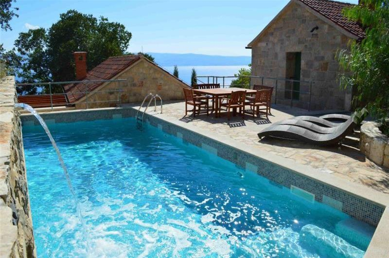 3 Stone Cottages with Pool and Views over Omis Bay, Sleeps 12-15