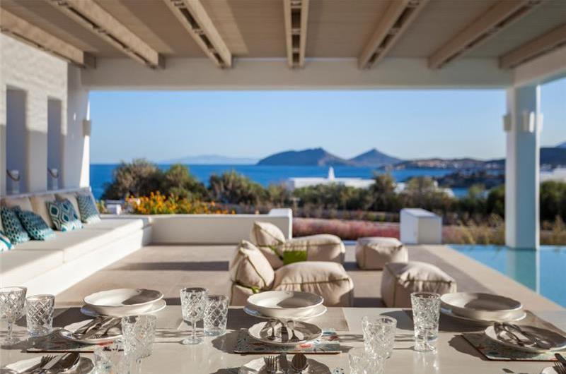 6 Bedroom Villa with Pool near Ambelas on Paros, Sleeps 11