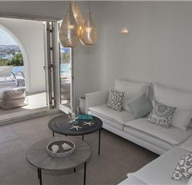 8 Bedroom Villa with Pool in Ambelas on Paros, Sleeps 16