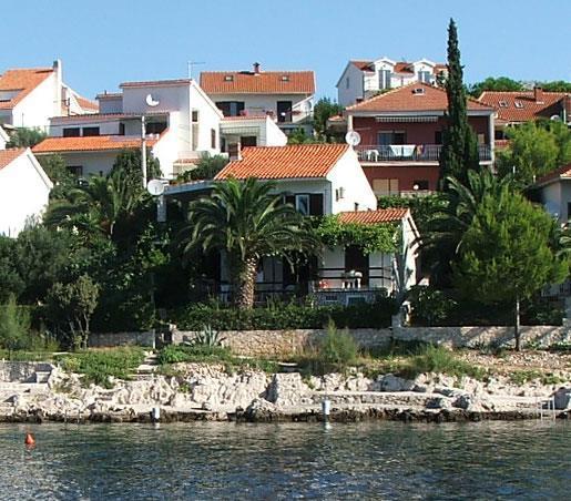 2 Bedroom Apartment in Seget Vranjica nr Trogir, Sleeps 4