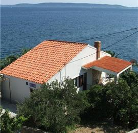 2 Bedroom Apartment in Seget Vranjica nr Trogir, Sleeps 4