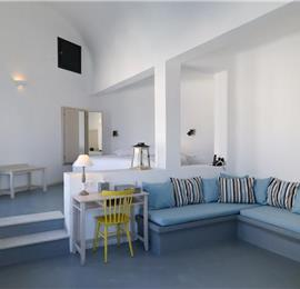 1 Bedroom Villa with Pool in Akrotiri on Santorini, Sleeps 2