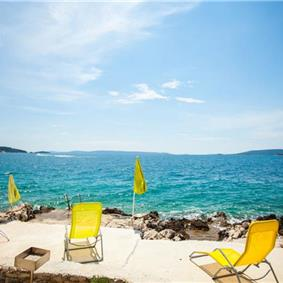 3 Bedroom Apartment in Seget Vranjica nr Trogir, Sleeps 6