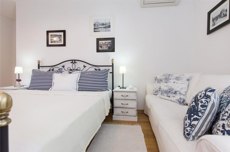 3 Bedroom Stone Villa with Pool in Sabljici, near Malinska, Sleeps 6-7