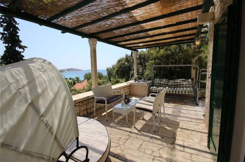 3 bed villa with separate annex for 2 in Sevid near Primosten, sleeps 8-12