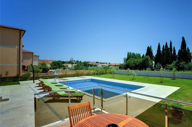 3 Bedroom Villa with Pool in Medulin, Sleeps 6