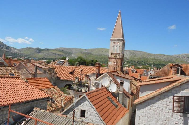 1 Bedroom Apartment in Trogir Old Town, Sleeps 2-4