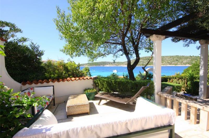 3 Bedroom Villa on the Beach near Rogoznica, Sleeps 6