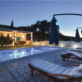 2 Bedroom Villa with Pool near Jelsa, Hvar Island, Sleeps 4-6