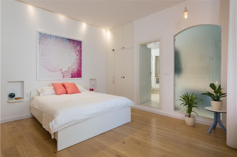 Studio Apartment in Trogir Old Town, Sleeps 2