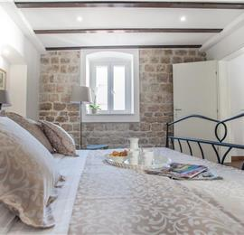 3 Bedroom Villa with Terrace on Ciovo Island near Trogir, Sleeps 6-8