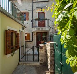5 Bedroom Villa with Terrace and Summer Kitchen on Ciovo Island near Trogir, Sleeps 10-16