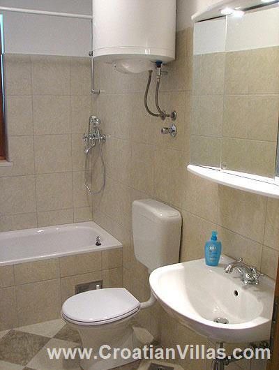 2 Bedroom Apartment in Postira on Brac, Sleeps 4-6