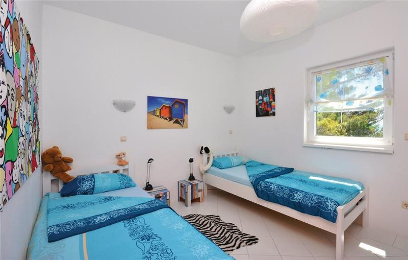 2 Bedroom Apartment near Ivan Dolac, Hvar Island, Sleeps 4