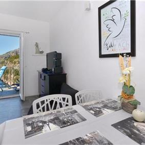 1 Bedroom Apartment near Ivan Dolac, Hvar Island, Sleeps 2-3
