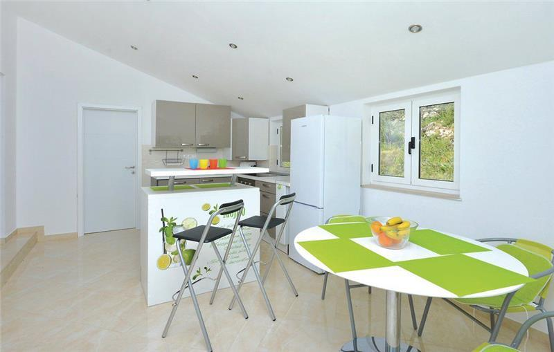 2-Bedroom Apartment near Jelsa, Hvar Island, Sleeps 4-6