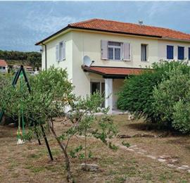 3 Bedroom Villa near Jelsa, Hvar Island, Sleeps 6-7